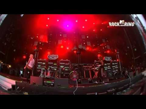 Pendulum - The Prodigy Live at Rock am Ring '09 [Omen, Running with the Wolves, Voodoo People] - #1/2