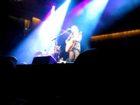 Сиднейский оперный театр - A Thousand Things - Sydney Opera House Nov 19 2011