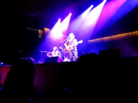 Сиднейский оперный театр - I Won't Give Up - Sydney Opera House Nov 19 2011
