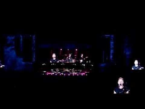 Клипы - Don't stand so close to me - The Police (live Buenos Aires)