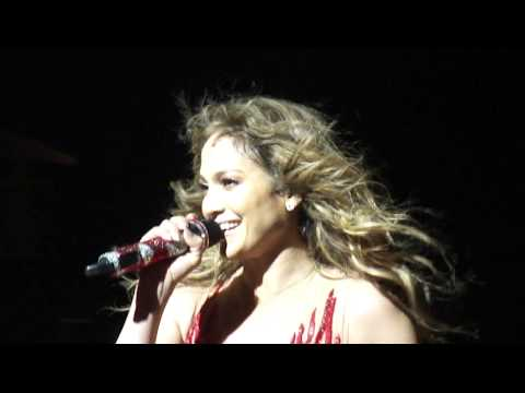 Клипы - Jennifer Lopez LIVE talking with the fans (Dance Again Tour) O2 Arena London