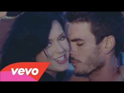 Клипы - Katy Perry - Teenage Dream (Director's Cut)