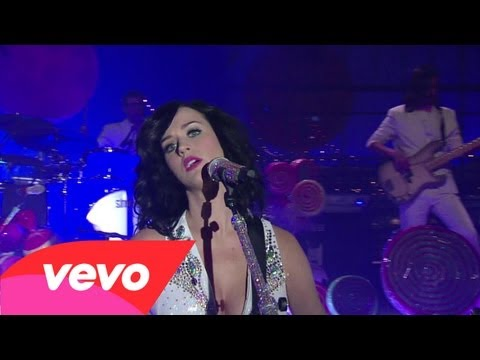 Клипы - Katy Perry - Thinking Of You (Live on Letterman)