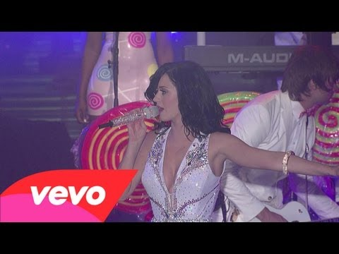 Клипы - Katy Perry - Waking Up In Vegas (Live on Letterman)