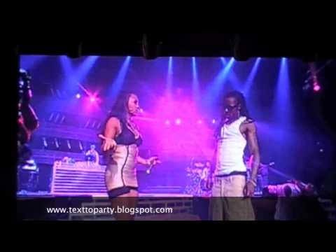 Клипы - Lil Wayne & Shanell get freaky on the Stage