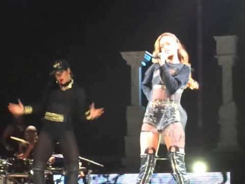 Клипы - rihanna diamonds tour 2013 phildelphia cockiness no persuasion