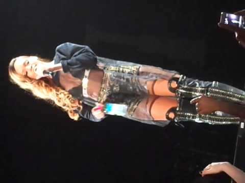 Клипы - rihanna diamonds tour 2013 phildelphia rihana talking