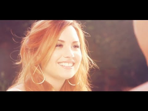 Клипы - Demi Lovato - Give Your Heart a Break (Official Video)