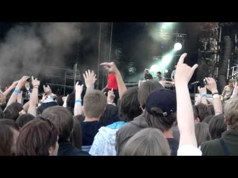 Клипы - Linkin Park live in Moscow 23-06-2011 - Breaking the Habit