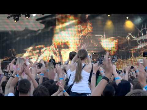 Клипы - Linkin Park live in Moscow 23-06-2011 - New Divide