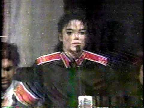 Клипы - Michael Jackson Superbowl Press Conference 1993 RARE