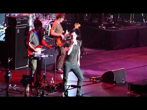 Клипы - Maroon 5 Live in Bangkok 2012 - Harder to Breathe/ Wake Up Call