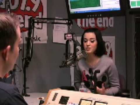 Клипы - Katy Perry Interview @ 107.9 The End - Part 2